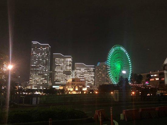 晴れた夜には、夜景が綺麗です。