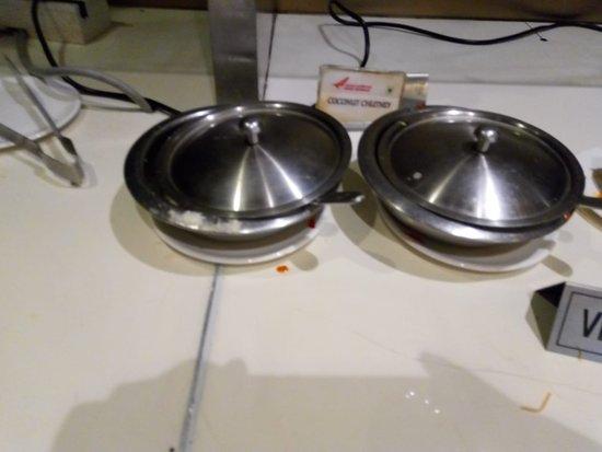 Air India: Food dispensing area