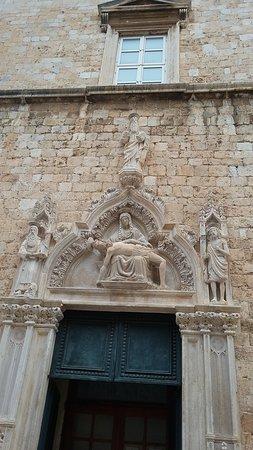 Iglesia y Monasterio Franciscanos