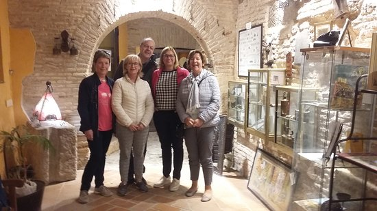 Amigos de Bélgica interesados por la historia de Toledo y de sus secretos más ocultos. Muchas gracias y que disfruten de su estancia 😉.