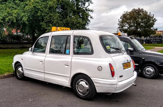 Belfast Cab Tours: Gary's Cab