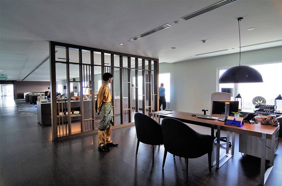 The 24th floor Executive Lounge