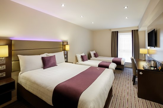 Premier Inn family room
