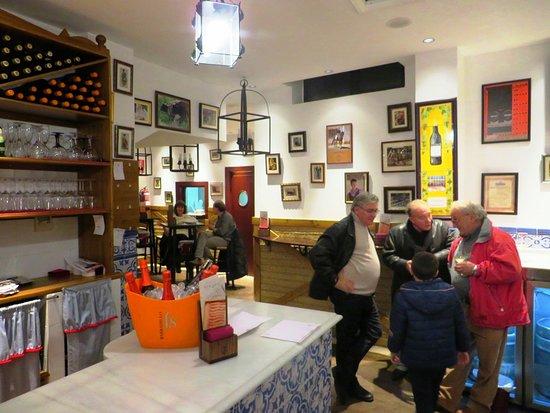 Taberna Volapié en la calle Laurel de Logroño (La Rioja)
