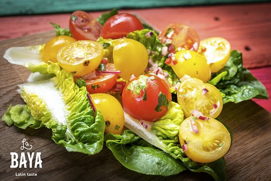 BABY ROMAINE LETTUCE WITH CHERRY TOMATOES AND LIME DRESSING