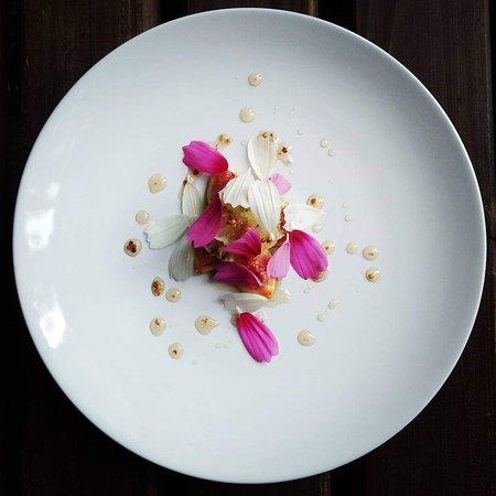 Cheviche de flores e figo
