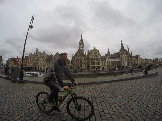 Guided Biking Tour in Ghent: In het centrum van Gent