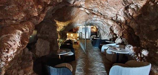 Cave bar Lapad