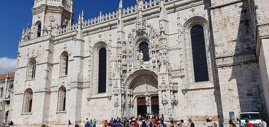 Igreja do mosteiro por fora