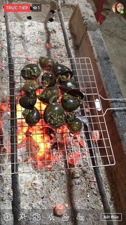 Ốc bươu nướng tiêu xanh