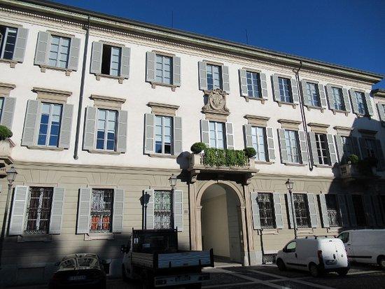 L'altro palazzo dei Borromeo