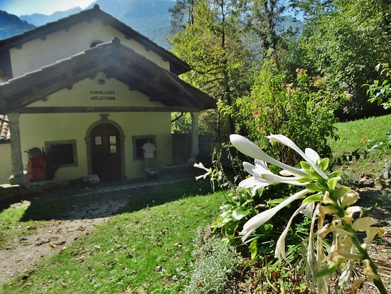 Villa Santina, Italia: La chiesa