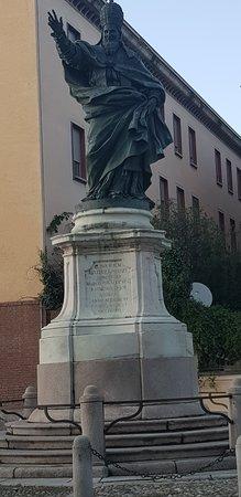 פאביה, איטליה: STATUA