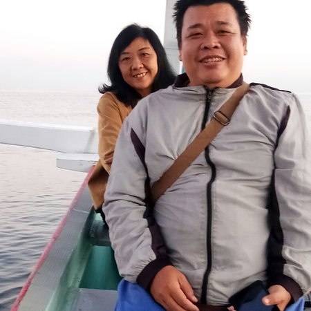 Kaliasem, Indonesia: We are professional Dolphin watching tour provider in Lovina north Bali. Come and join with North Bali Sea Adventure and Team, we will make your holiday unforgettable. Please contact us at: www.northbaliseaadventure.com Email: info@northbaliseaadventure.com Whatsapp: +62817552511