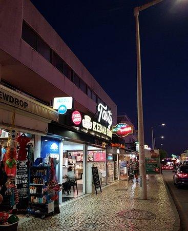 Tasty Restaurant along The Strip