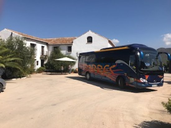 Casabermeja, Spanje: Outside Olive oil mill and our tour bus