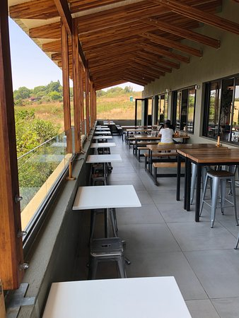 Lift Cafe - outdoor seating