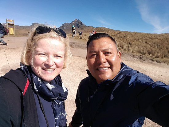 ASTRID   from  GERMANY       AGU,   2019  Teleférico  Quito   Volcano  Pichincha  4100 m.