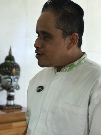 Chandra - from the local village - book Chandra for the traditional Balinese Healing massage.