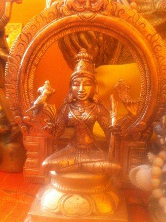 Kamakshi Devi