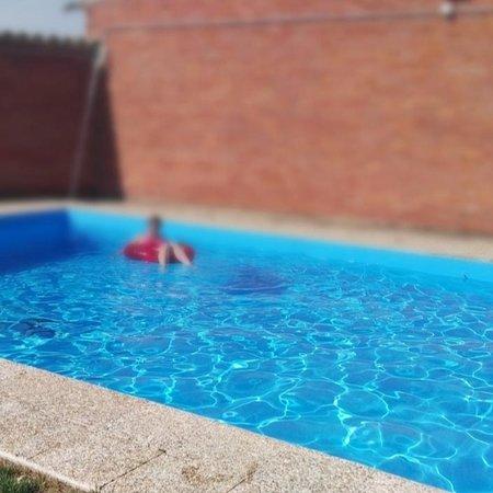 Babilafuente, España: Piscina privada