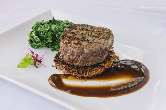 Townshend, VT: Filet Mignon mushroom roasti potato | creamed spinach