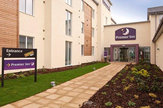 Premier Inn Burgess Hill exterior