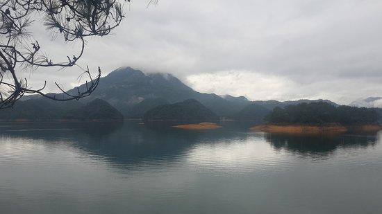 Тишина и умиротворение 千岛湖,浙江,中国。 Qiandaohu, Zhejiang, China