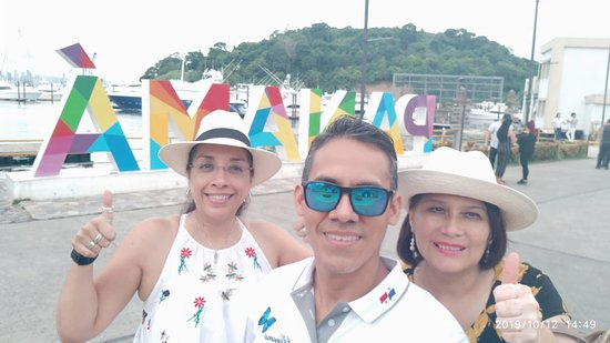 City tour and Panama Canal Visit: With Miguel