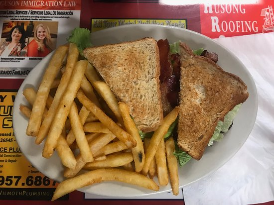 Decatur, AR: BLT and fries