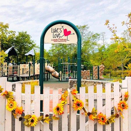 Luke's Love Boundless Playground: Playful Autumn Days!