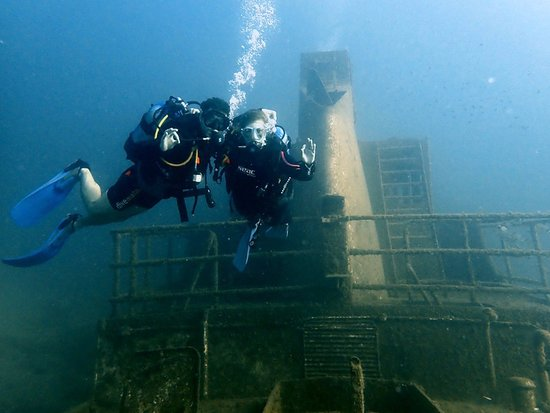 Sliema, Malta: Amazing dive on the Tug2 - thanks Anne for the pic