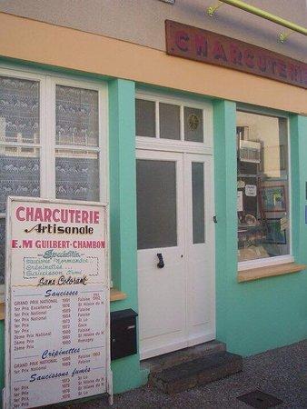 Benoitville, Frankrike: Local pork butchers