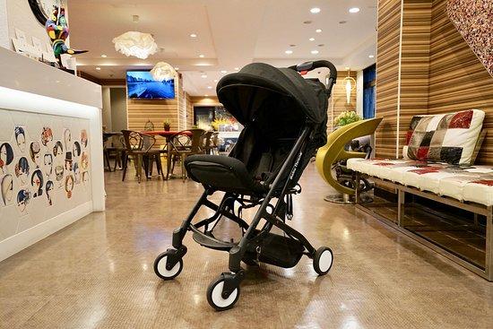 Hotel 88 Shinsaibashi: Baby Car (for rent)