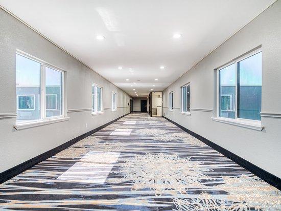 Interior - Picture of Alexis Hotel & Banquets Dallas Park Central Galleria, Dallas - Tripadvisor