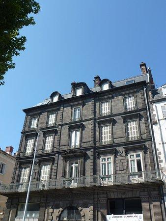 Симпотный дом из вольвикского камня!!!