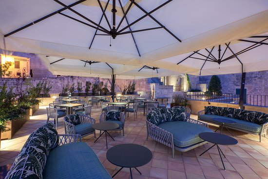 Quarry Lounge Terrace - Quarry Lounge Terrace