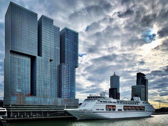 Columbus, welcome to Rotterdam!    #rotterdam_pages #rotterdam #walkrotterdam #kopvanzuid #rotterdamcity #derotterdam #architecture #cruiseship #ship #amazingviews #clouds #urbanjungle #erasmusbrug #erasmusbridge #rotterdam_holland #loverotterdam #rotterdam_info #rotterdam_gallery #rotterdamzuid #rotterdam010 #rotterdamhotspots #rottergram #thenetherlands #visitrotterdam