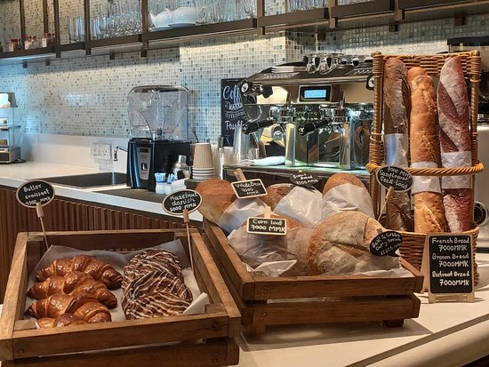 Danish, bread, baguette.. all available on daily basis.  Any special request can be accommodated within one day advance booking...
