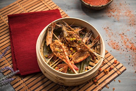 Steamed prawns, thai lemon relish