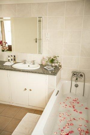 Bathroom for room - Peace