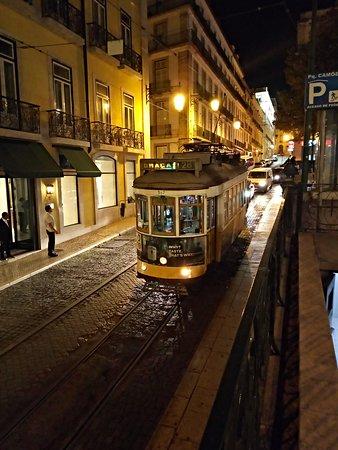 Lisboa de 5 sentidos - Eletrico 28