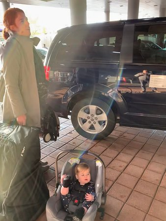 My wife and baby wait in the cold as the (late) driver locked the car and goes into the hotel to use the restroom.