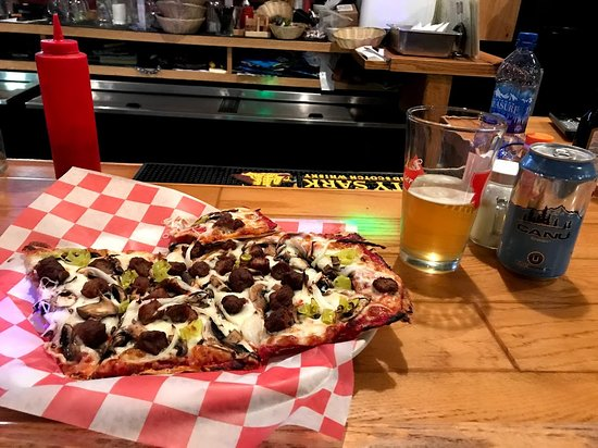 The flat bread pizza and local beer was awesome!