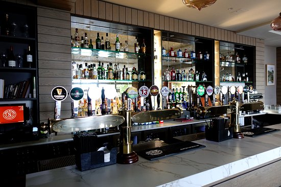 The Bar/Pub