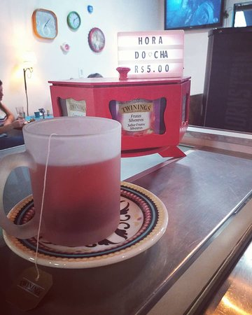 No Mad's Café & Bar tem Chá de diversos sabores, para os apreciadores.