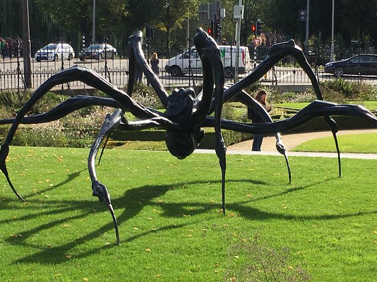 Louise Bourgeois Spider