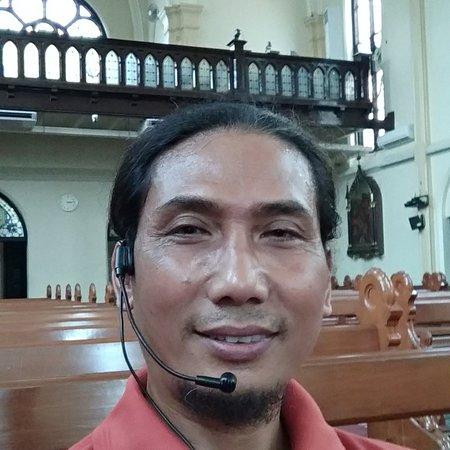 Gereja Hati Kudus Yesus  Kayu Tangan Malang