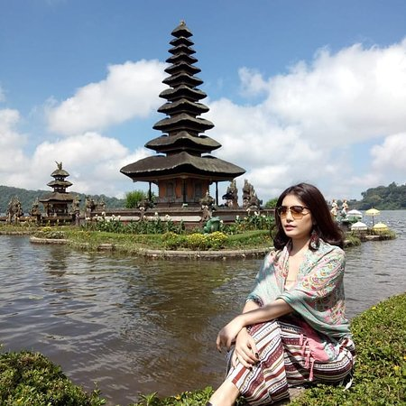Come holiday in bali with yoga transpor tour and service in bali Whatsap/line : +6281933032536 #katolampowaterfall #tanahlottample #tamanayuntample #ulundanutample #jatiluwihriceterrace #handaragatebali #hiddenhillwanagiri