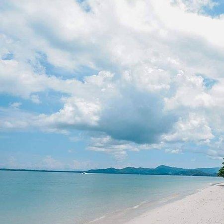 Sani Phukettour-Travel
